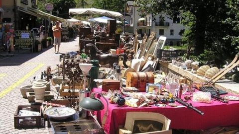 Antiques at Ponte Milvio